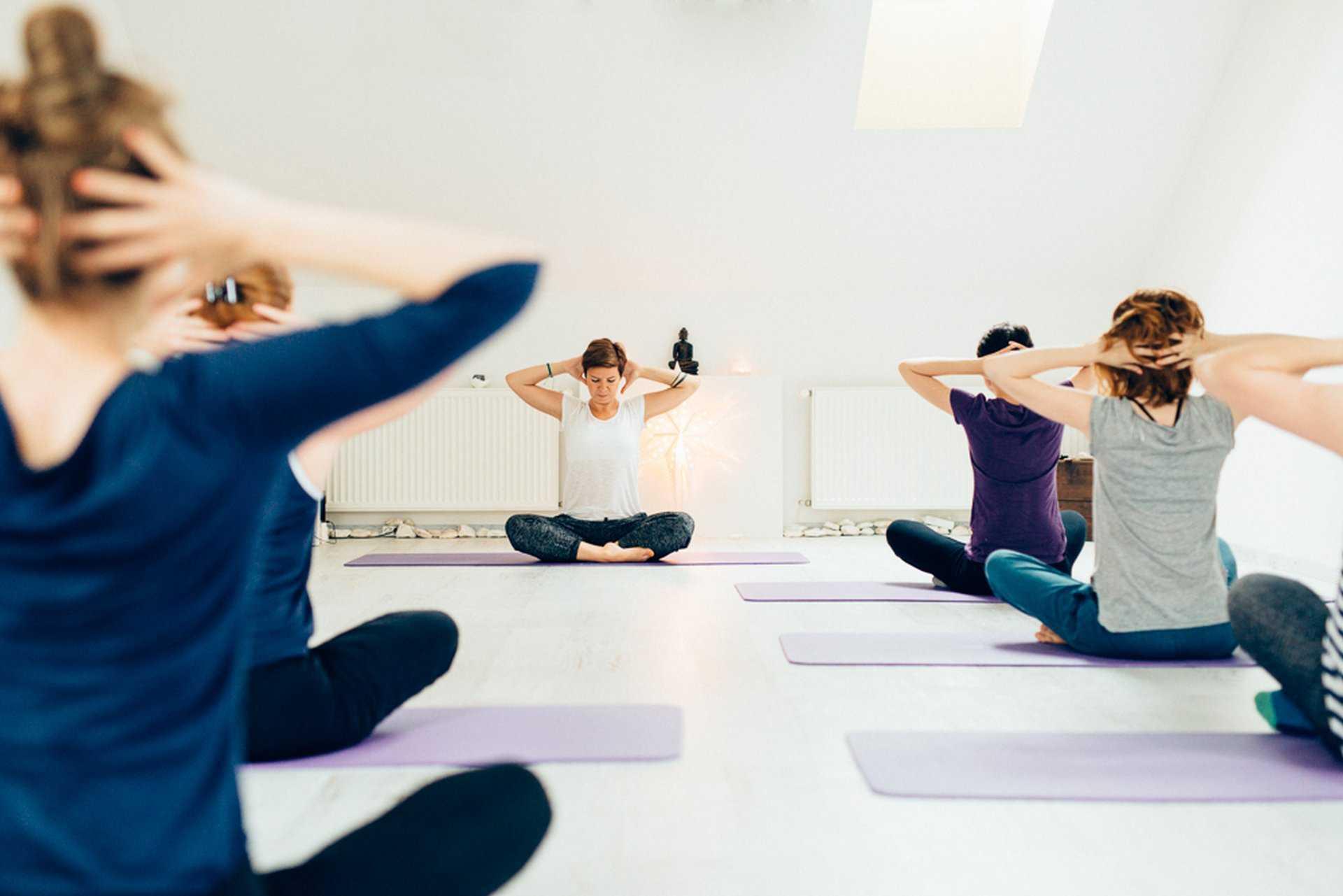 Absolute Beginnerrs Class Yoga