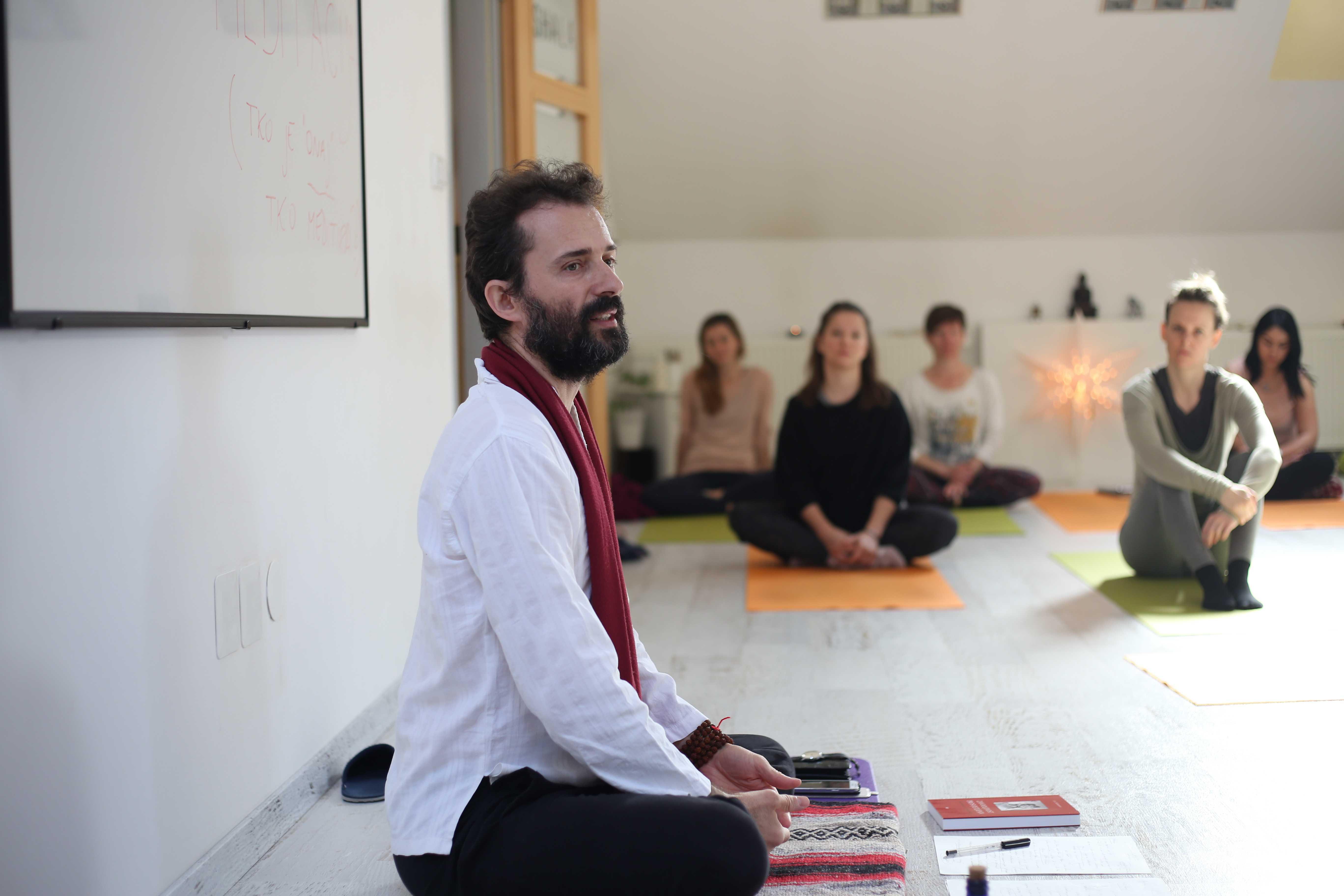 Temelji yogijske meditacije