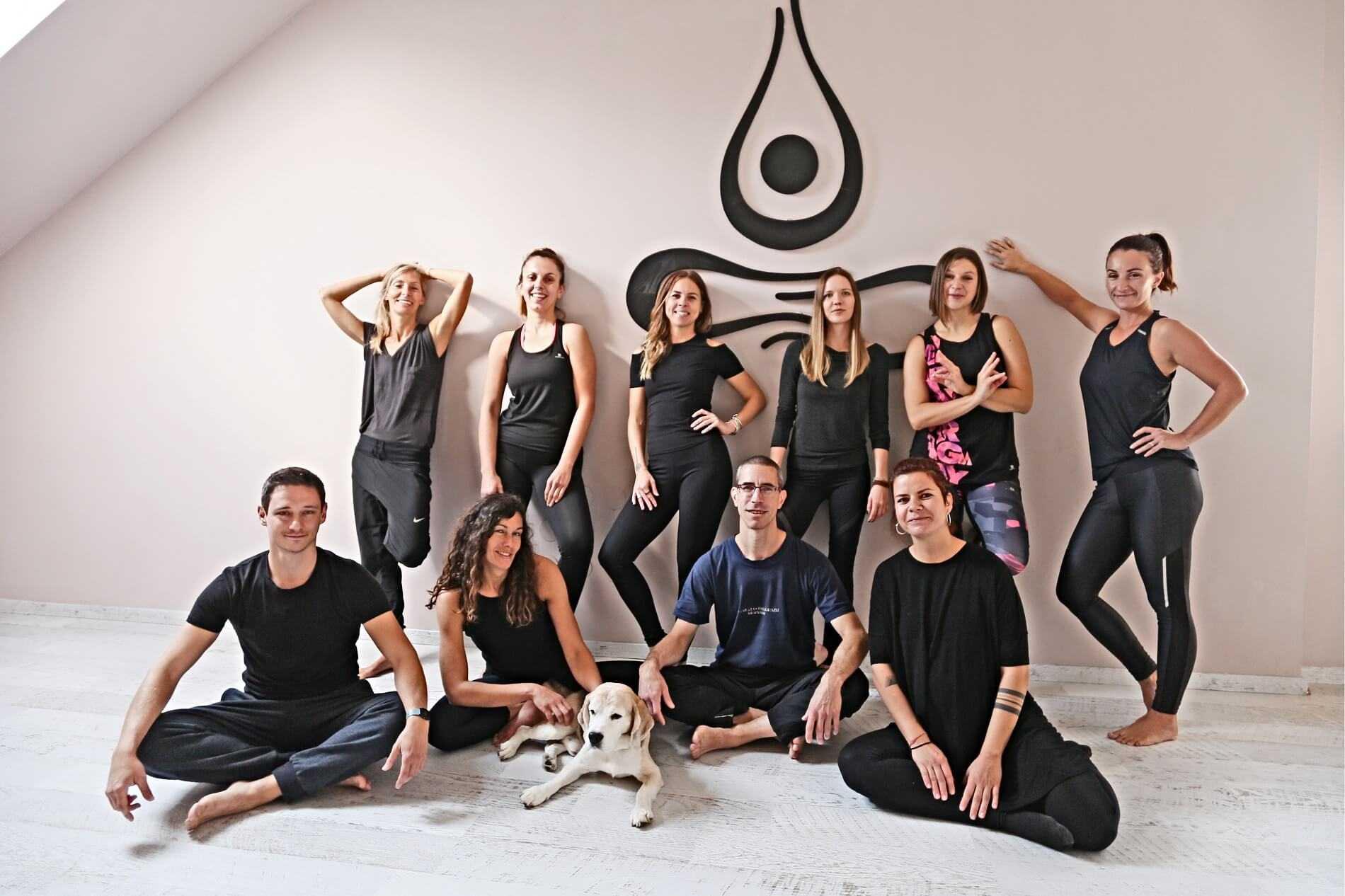 Kontakt Yoga Plejs Joga Za Pocetnike Joga Vjezbe Joga Centar Zagreb