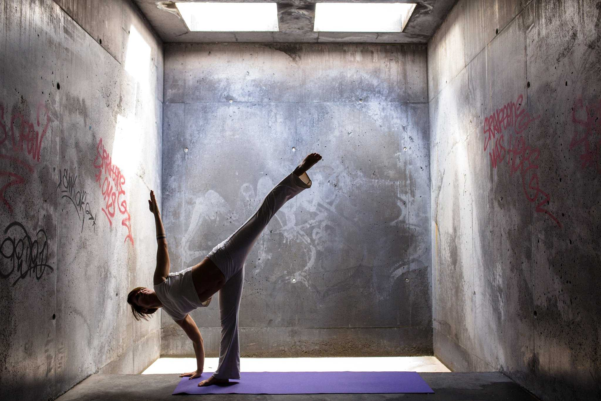 KARMA FREE CLASS - Restorative joga